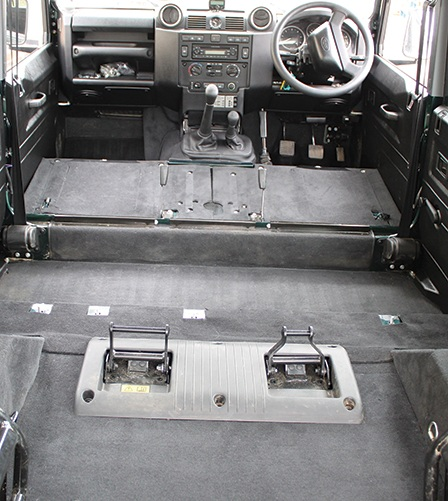 Defender 110 Premium 2nd Row And Rear Body Cut Away Arches