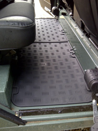Defender 90 110 Amp Series Second Row Floor Mats Pair