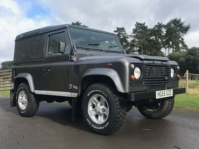 *** SOLD *** Land Rover 90 Defender TD5 County 2005