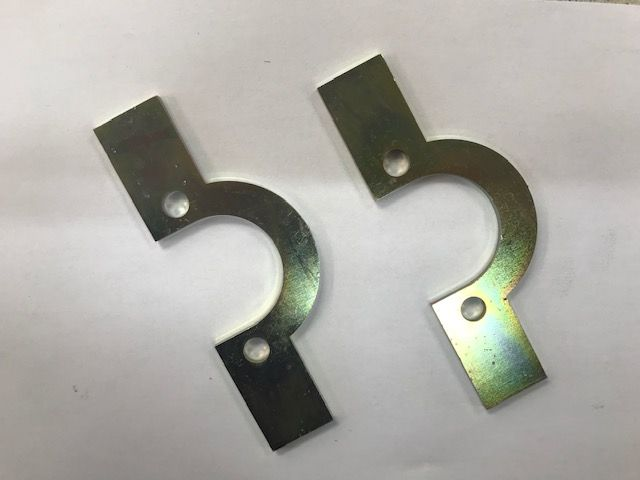 Front Spring Retainer Plates (Pair)