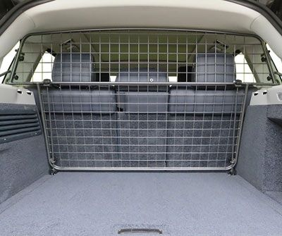 Range Rover L405 - Half Height Dog Guard - Travall